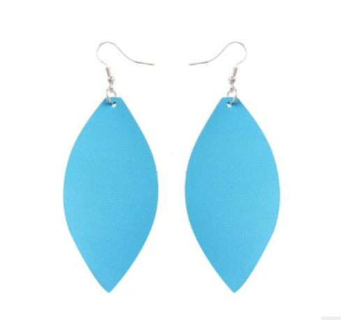 Fashion leather earrings Lightweight and comfortable Stainless steel earrings hook 7*3.2