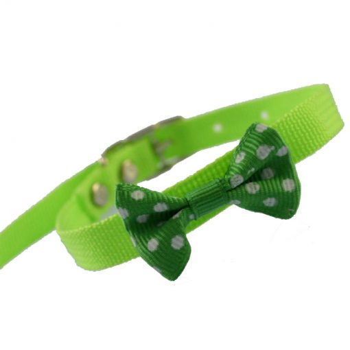 A pet collar with a small bell. Suitable for kittens and puppies Multi-color optional 12 inch .