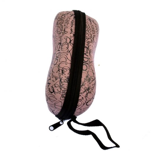 Glasses case, suitable for any glasses, high hardness, can better protect your beloved glasses