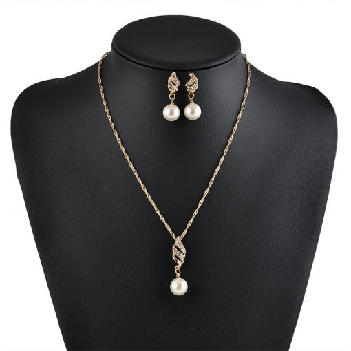 Bridal Wedding Accessories Europe and America Fashion Simple Imitation Pearl Studded Twist Chain Earrings Necklace Jewelry Set YWHY-012