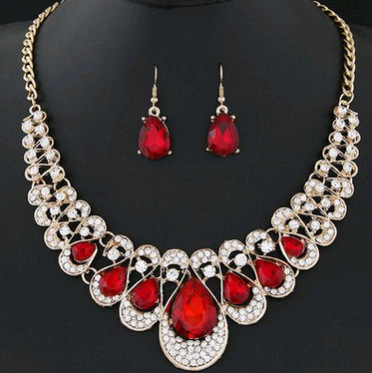 Fashion Metallic Diamond Rhinestone Gemstone Collar Necklace Earrings Color Diamond Two-piece set of water drops YWHY-018