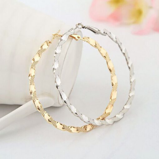 Wild metal earrings cross-border personality exaggerated twisted large circle earrings female jewelry wholesale YHY-046