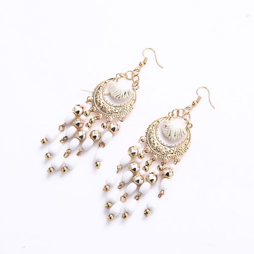 Crescent crescent-shaped bohemian drooping tassel earrings Korean version of earrings beaded jewelry yhy-042