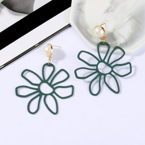 Exaggerated earrings female white yellow large flowers Korean hipsters wild earrings personalized earrings temperament earrings ylx-008