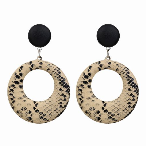 Temperament wild geometric exaggerated earrings female European and American fashion personality snake pattern large circle leather earrings wholesale YLX–078