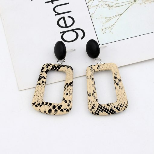 Korean version of the temperament wild long earrings geometric snake earrings Europe and the United States fashion pu earrings  wholesale YLX-41