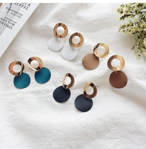 Japan and South Korea popular simple curved round geometry earrings Temperament simple hollow ring earrings YLX-053