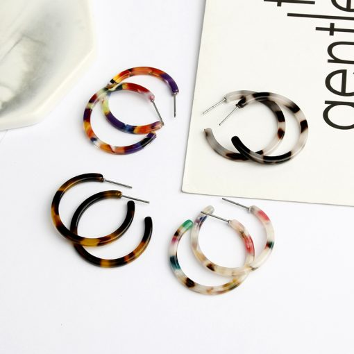 Retro wild earrings Korean fashion simple hipster colorful resin earrings Mixed color YHX-019
