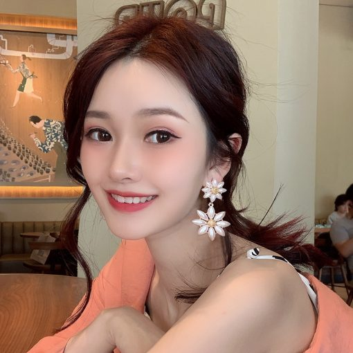 Exaggerated sequin stitching earrings Personality ins ear hooks Fashion fun earrings YLX-106