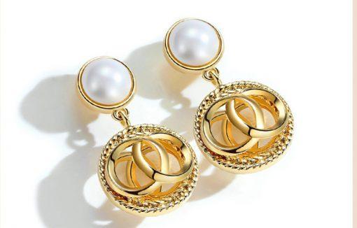 Fashion hot sale earrings palace style pearl earrings female Korean personality earrings wholesale YLX-126
