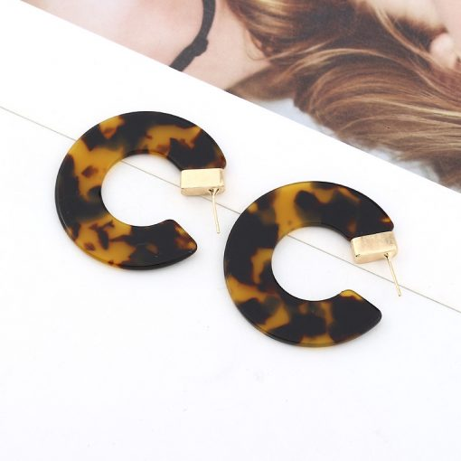 Factory direct leopard resin earrings acetate version semi-circular earrings earrings opening C-shaped earrings foreign trade earrings YLX-043