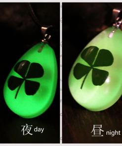 Water Drop Pendant Four-leaf clover Night Light Necklace Dry Flower Series Teardrop Crystal Accessories YFT-150