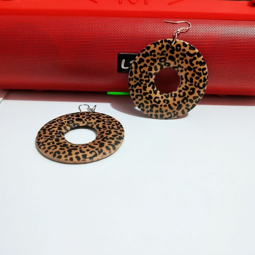 Exaggerated geometric round leopard fashion wood earrings SZAX-240