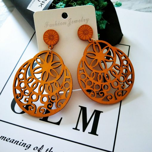 New popular simple retro color hollow round wooden earrings SZAX-232