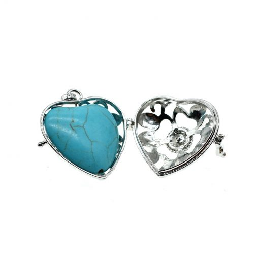 Four-leaf clover heart pendant Copper diamond necklace with hollow peach heart Long turquoise sweater chain HYue-048