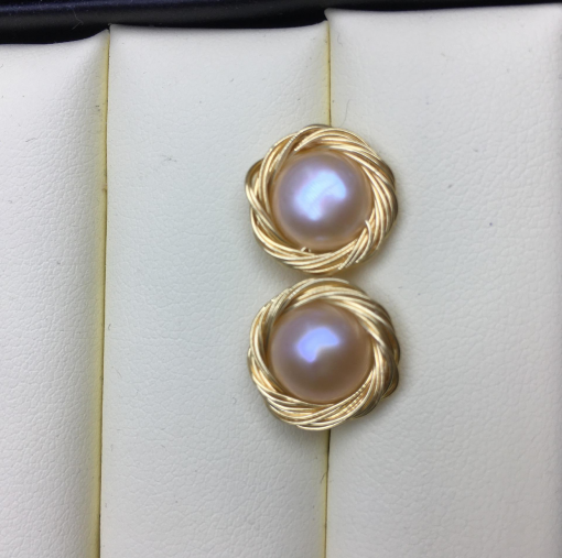 Factory wholesale 9-11mm steamed bun shaped freshwater pearl 14 k gold injection hand-wound pearl earrings YJ- 001